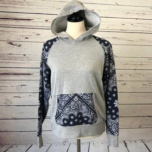 Ariat Hoodie Sweatshirt Small Gray Bandanna Pocket